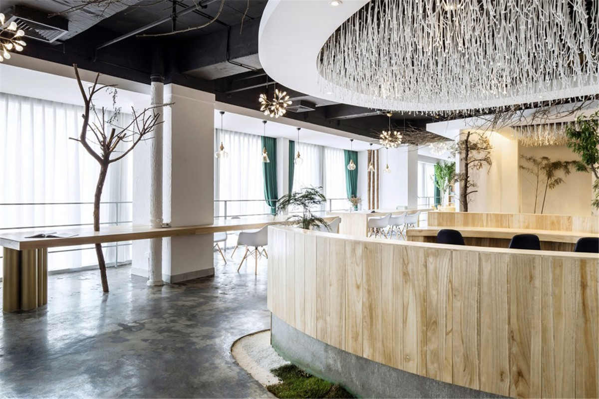 9-ZhongDeHuaJian-Office-Space-The-Supreme-Virtue-is-Water-by-SCD-Shuchuang-Design-960x640