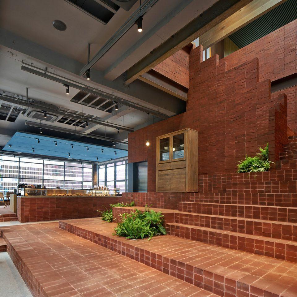 10-stairs_UTT-HOME_Mr_MAIMAi_Bob-Chen-960x960