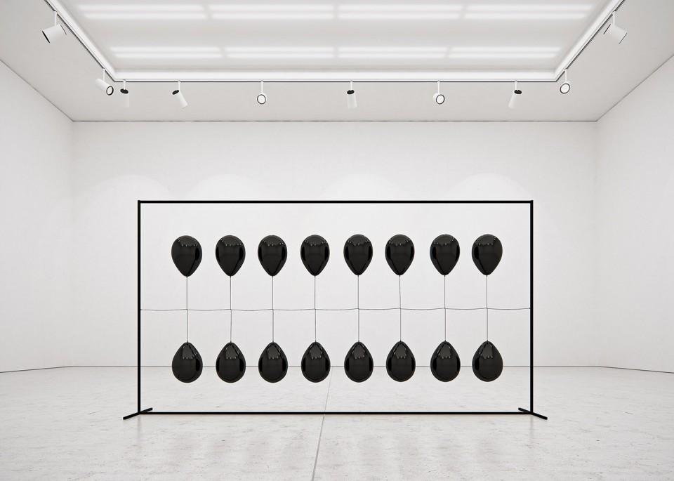 13TADAOCERN-Black-Balloons-2500px-13-960x685