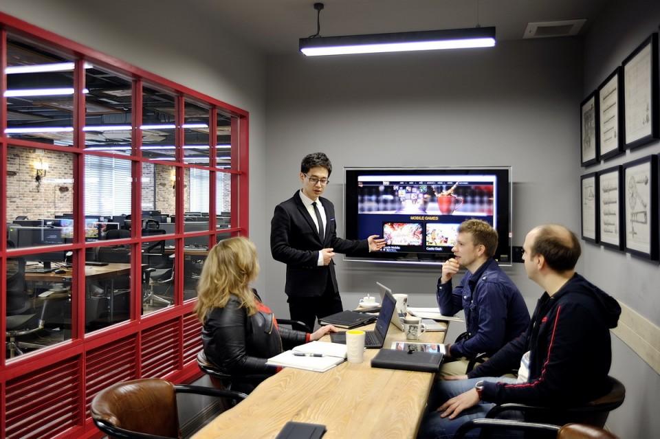21-IGG-office-headquarters-4F-004-960x639