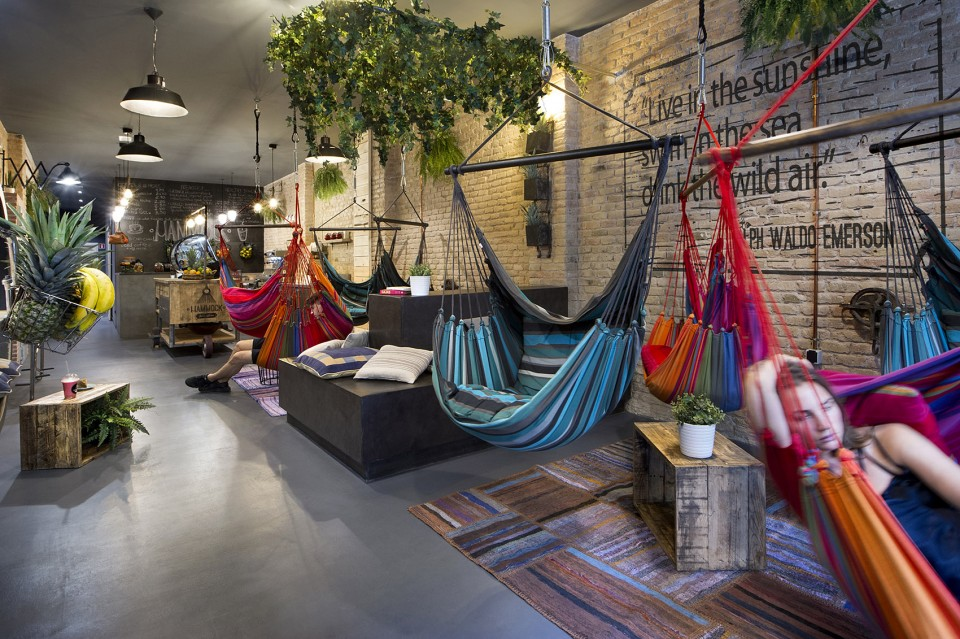 5-Hammock-Vegan-hang-out-by-Egue-y-Seta-960x639