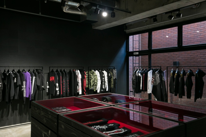 Marcelo-Burlon-Pop-Up-store-Tokyo-Japan03