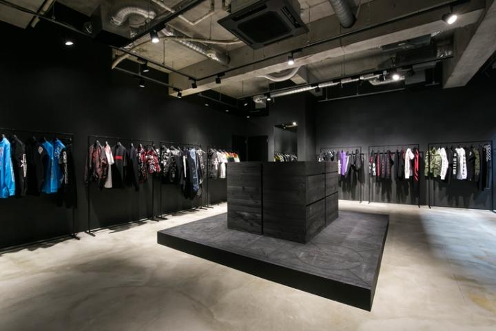 Marcelo-Burlon-Pop-Up-store-Tokyo-Japan04