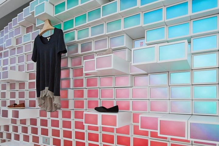 ShopWithMe-Pop-Up-Store-by-Giorgio-Borruso-Design-Chicago-Illinois-05