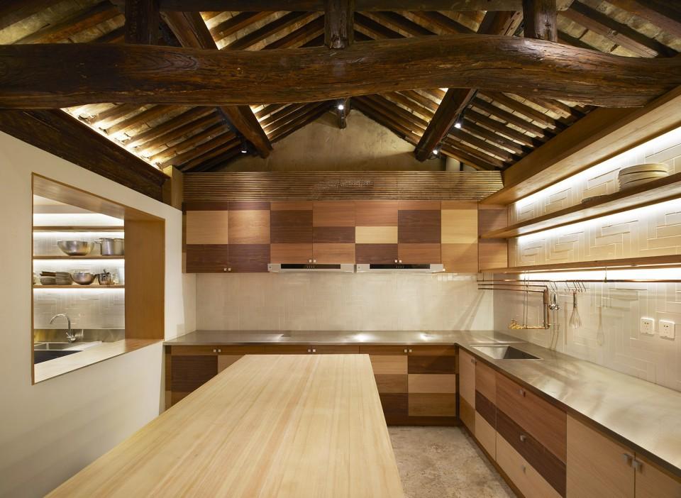 008-HE-Kitchen.co-Yaoyangs-Kitchen-Beijing-by-odd-960x702