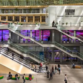 DesignLAB:50000个LED灯打造的巴黎著名商场里的灯光秀