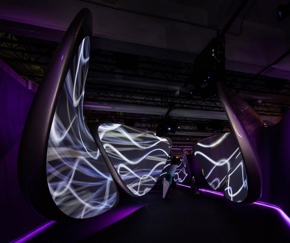 3Unconfined-By-Zaha-Hadid-Architects-001.jpg-960x803