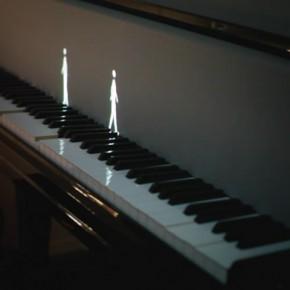 "Design LAB:钢琴原来也可以由投影""弹"""
