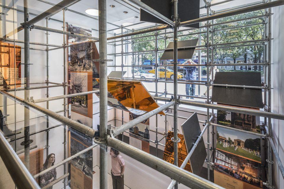 11_OMA-Scaffolding-Exhibit_Atrium-Infill_Photography-by-Brett-Beyer-960x640