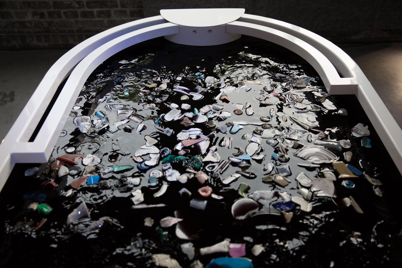 Plastic-reflectic-interactiveinstallation-thijsbiersteker-5