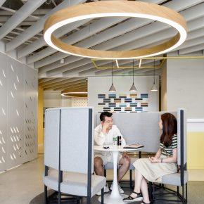 这个随意组合的办公室,每天都有新体验