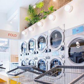 纽约这家咖啡店里摆满了自助洗衣机