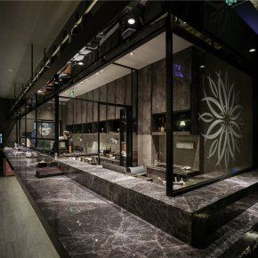 来这家暗黑餐厅体验日式的时尚