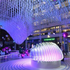 海浪里的氦氣球,是香港最夢幻的圣誕節