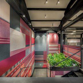 """红白配色到布艺""""展厅"""",这家丽江的KFC也玩起了民族风"""