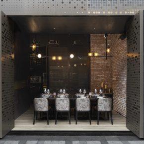 这家声震上海的酒吧,5000瓶葡萄酒让你挑花眼