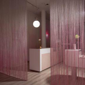少女粉=网红风?这家接发店带你解锁淡粉色的优雅一面!