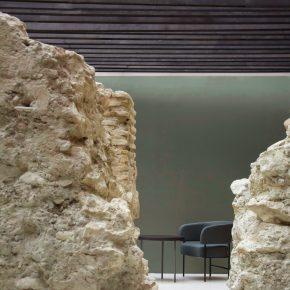 这家餐厅里竟藏着12世纪古城墙,考古学家们都馋哭了