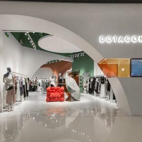 柏纳德空间设计丨DOTACOKO女装店