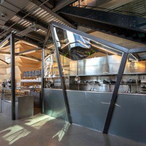 小空间大气派?这家46㎡咖啡店的设计不得不服!