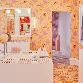美妆店遇上碎花元素,少女心真的藏不住了!
