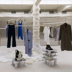 韩国这家服装店里还隐藏着艺术馆