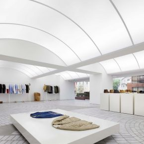 用设计博物馆的方法设计服装店,妥妥的高级美!