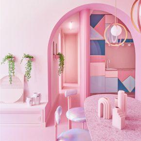 他们在55㎡的小旅馆内用了12种深浅不一的粉色